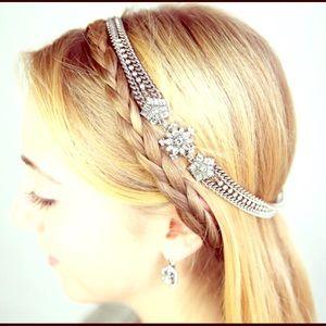 Snowflake Stretchy Headband by Chloe + Isabel NWT